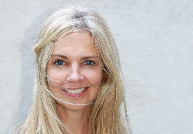 blondýna, žena, modré oči