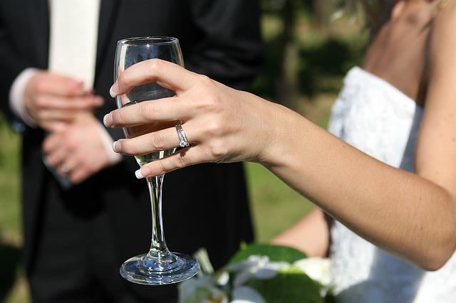 šampus nevěsty